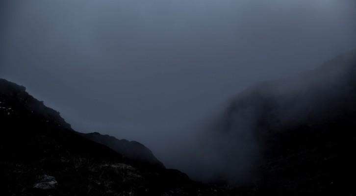 Zagubieni w Himalajach: przetrwać noc