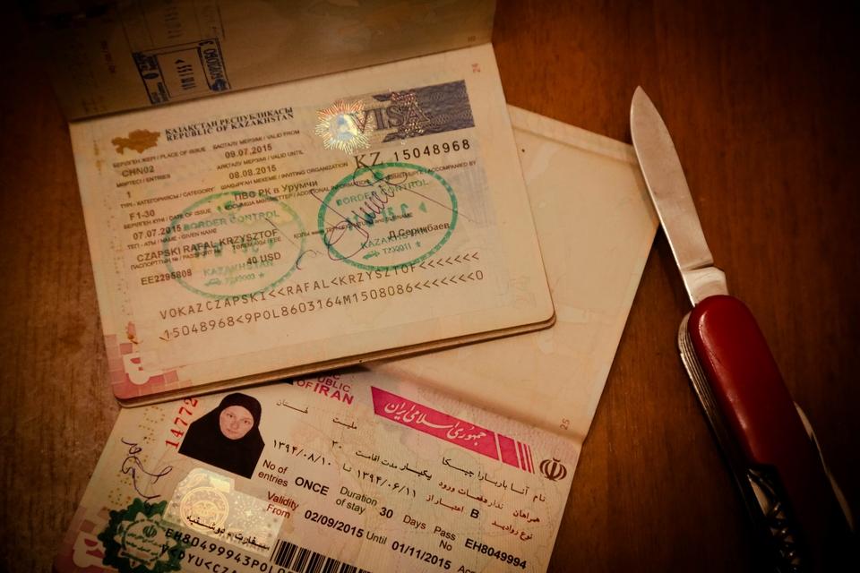 Załatwianie wiz w Azji Centralnej. Tego nie powiedzą Ci w ambasadzie.