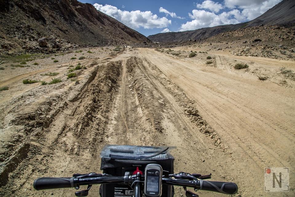 Pamir Highway rowerem-5461 24